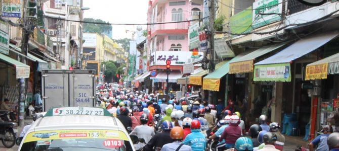 Vietnam – Jour 1 – Première rencontre avec Ho Chi Minh